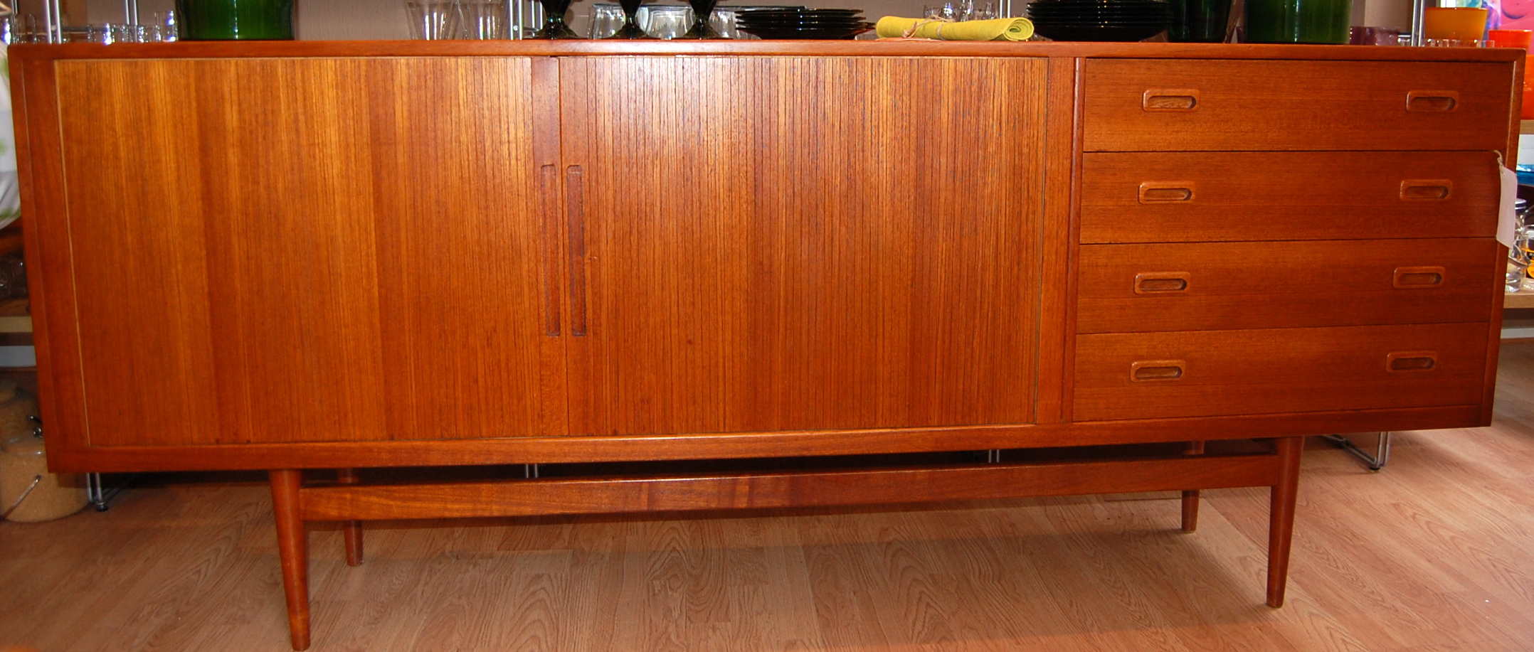 sideboard danish sideboard mid century sideboard ebay 72 mid century danish teak credenza. Black Bedroom Furniture Sets. Home Design Ideas