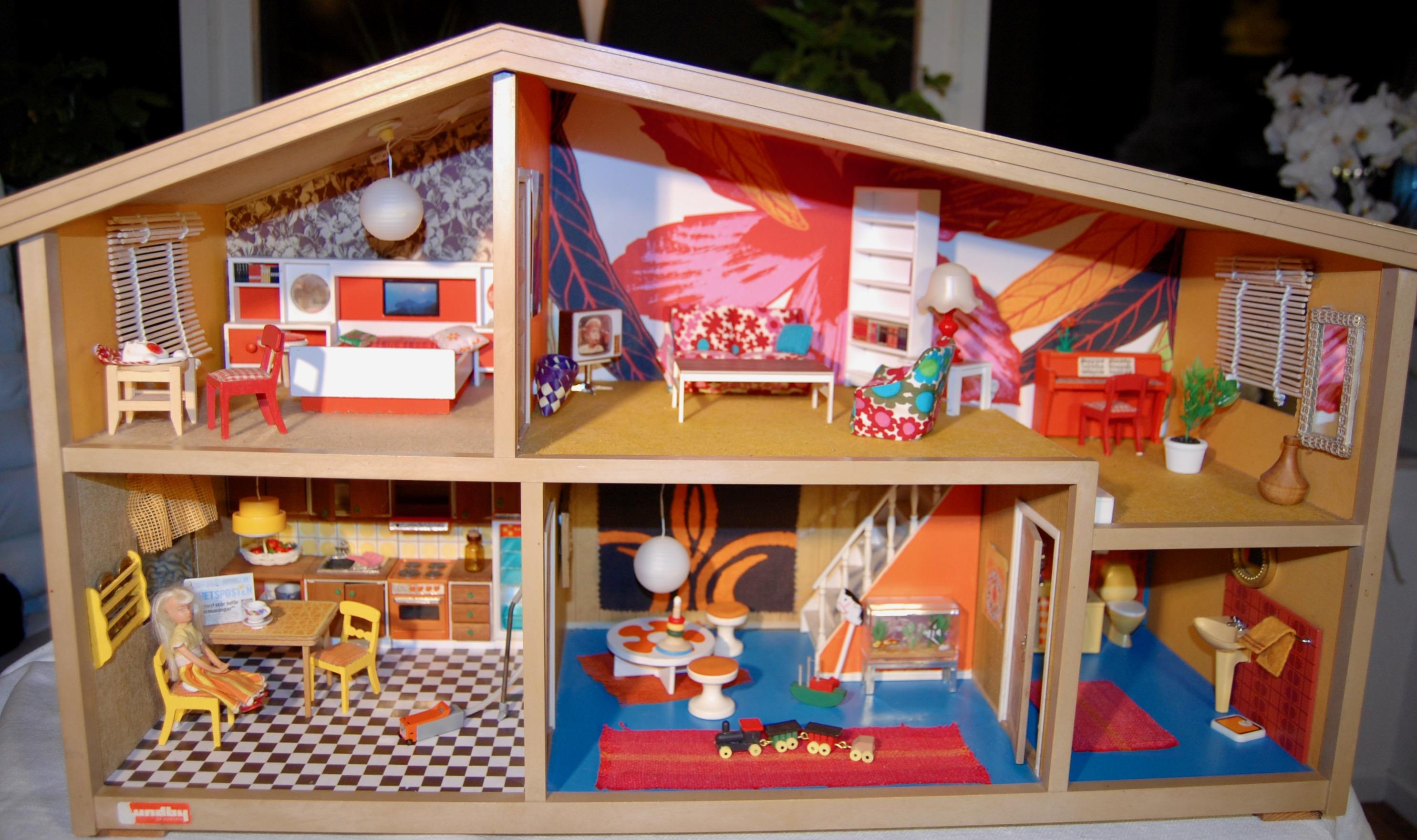 dockskåp lundby classic